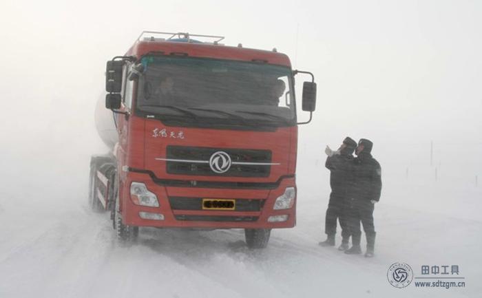 卡车维修工具专家整理冬季4点注意 让您的卡车安全