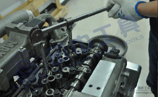 www.hj8828工具多功能气门弹簧压缩器拆卸气门弹簧,都有哪些多功能?