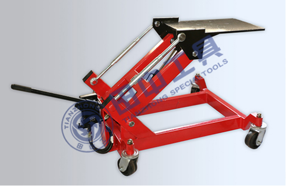 拆装变速箱怎么避开违规操作 变速箱托架双向液压操作安全可靠