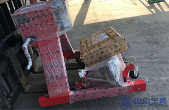 让维修师傅放心的发动机翻转架厂家  www.hj8828工具