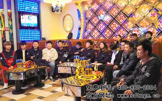 山东hj8828皇家赌场举办第三届好声音歌唱比赛圆满落幕!
